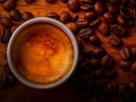 Café Nespresso Delta Q © Janko Ferlič