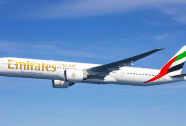 Boeing 777-300ER Emirates Porto
