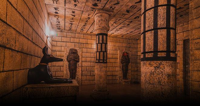 Tutankhamun's tomb - Game Over Porto