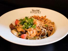 @Asian Lab | Shrimp Chow Mein